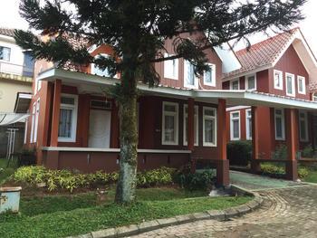 Villa Sofia Kota Bunga Puncak Cianjur - Villa R8.5 (2 Bedroom) WEEKEND