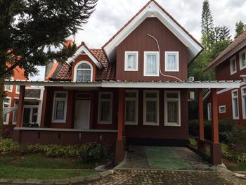 Villa Sofia Kota Bunga Puncak Cianjur - Villa R8.3 (2 Bedroom) WEEKEND