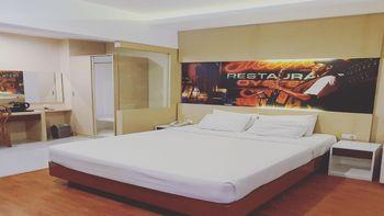 Votel Kartika Abadi Hotel Madiun Madiun - Deluxe Room With Teracee and Balcony LAST MINUTE 24%