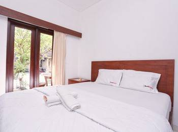 RedDoorz @ Pendawa Kartika Plaza Bali - RedDoorz Room Regular Plan