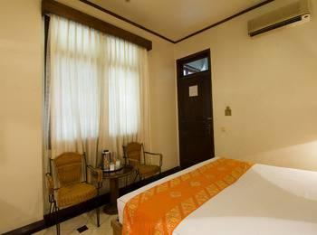 RedDoorz @Dago Bandung - Reddoorz Room Special Promo Gajian