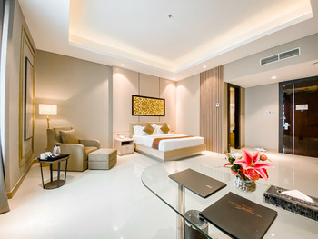 Grand Paragon Jakarta - Junior Suite Regular Plan