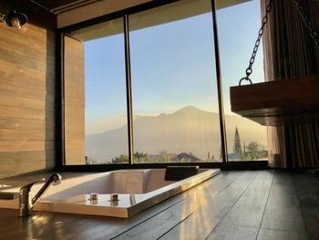 The Cendana Villa - Batu Malang - The Cendana Villa 17C - Hooneymoon Suites promo disc 31% maret-21 mei