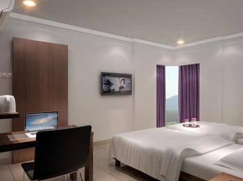 Burza Hotel Lubuk Linggau Lubuklinggau - Deluxe Room Non Refundable Regular Plan