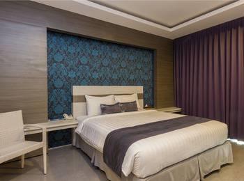 RedDoorz @Troppozone Legian Bali - RedDoorz Room Regular Plan