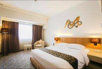 Verwood Hotel and Serviced Residence Surabaya - Deluxe King Room Only Save