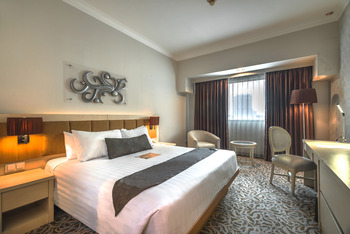 Verwood Hotel and Serviced Residence Surabaya - Deluxe King Room Only Dn Basic Deal 20%