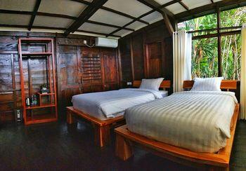 Maniva Particael Resort Malang - Pachira Room Only KETUPAT