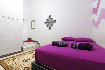 Simplycity Hostel Syariah Bandung - Superior Room Basic Deals