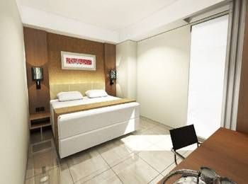 Travello Hotel Bandung - Standard Room with Breakfast Regular Plan