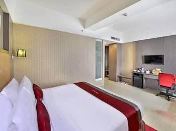 Travello Hotel Bandung - Deluxe With Breakfast Regular Plan