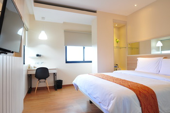 G Hotel Pontianak - Executive G Suite Regular Plan