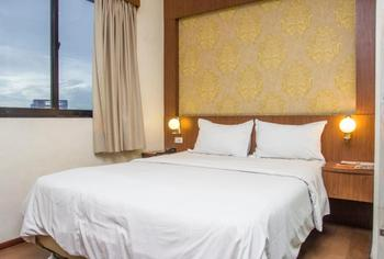 G Hotel Pontianak - Deluxe Room Only Regular Plan