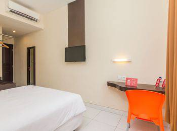 ZenRooms Legian Sri Laksmi Bali - Double Room Only Regular Plan
