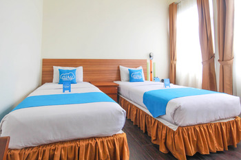 Airy Cihaurgeulis Surapati 235 Bandung - Superior Twin Room Only Special Promo Mar 5