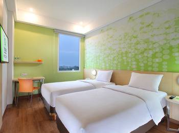 Zest Hotel Airport Tangerang - Zest Twin Room Only PROMO Staycation