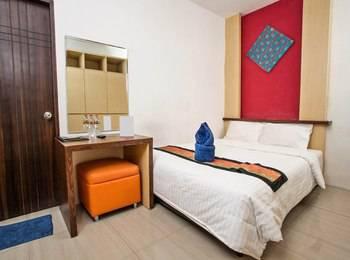 Metro House Surabaya - Double Room Regular Plan
