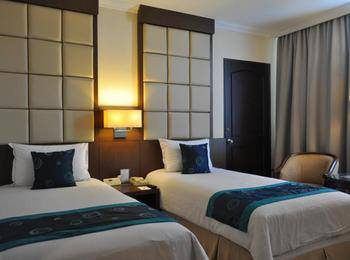 Kedaton Hotel Bandung - Deluxe Twin With Breakfast Promo discount 8%