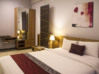 Valore Hotel Cimahi - Deluxe Double Bed Regular Plan