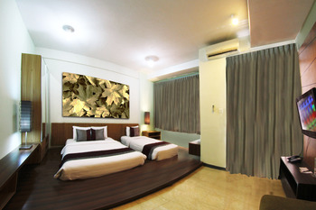 Valore Hotel Cimahi - Family Suite Room Only Regular Plan