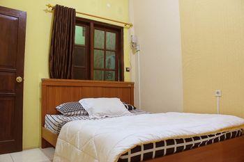 Nadira Homestay Yogyakarta - 4 Bedroom Regular Plan