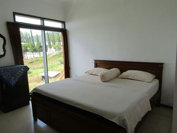 Hotel Pantes Magetan - Single Bed Room Only NR Minimum Stay 2 Nights