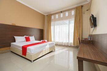 RedDoorz @ Hotel Putri Gading Bengkulu Bengkulu - RedDoorz Room Basic Deal