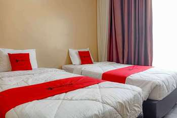 RedDoorz @ Hotel Putri Gading Bengkulu Bengkulu - RedDoorz Twin Room Long Stays 3D2N