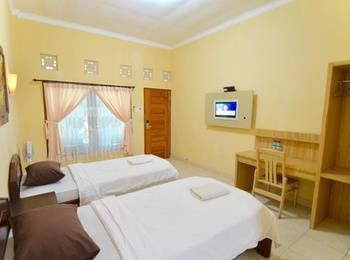 Transit Inn Hotel Senggigi - Standard Room Only Regular Plan