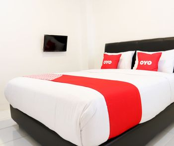 OYO 1191 Monalisa Residence And Cafe Padang - Saver Double Room Regular Plan