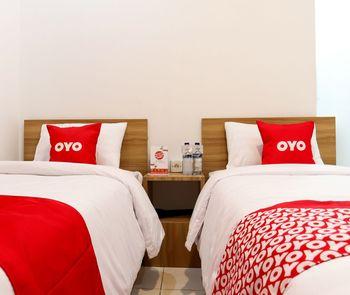OYO 1191 Monalisa Residence And Cafe Padang - Standard Twin Room Regular Plan
