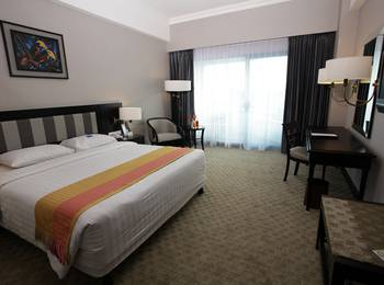 Hotel Blue Sky Balikpapan - Business Deluxe Room Only  Regular Plan