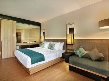 Royal Tulip Gunung Geulis Bogor - Deluxe Double Bed Room Only Regular Plan