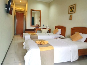 Hotel Catur Magelang - Superior Twin Room Regular Plan