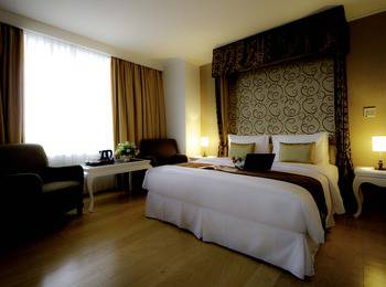 Amos Cozy Hotel Jakarta - Deluxe Room With Breakfast Regular Plan