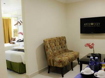 Amos Cozy Hotel Melawai - Junior Suite With Breakfast Last Minutes deal