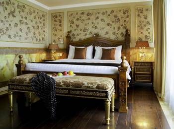Amos Cozy Hotel Melawai - Diamond Suite With Breakfast Last Minutes deal