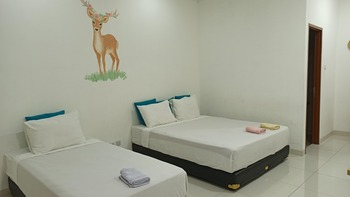 Locus Rooms Bandung - Junior Family Room Only NR Min 2N, 40%