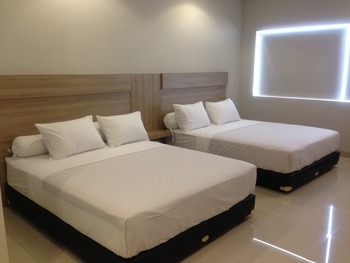 Locus Rooms Bandung - Family Room Only NR LM 0-2 Days 38%