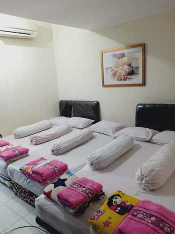 Eline Guesthouse Jakarta - Family Room Only FC Last Minute Deal