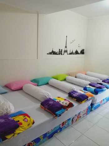 Eline Guesthouse Jakarta - Executive Room Only FC Last Minute Deal