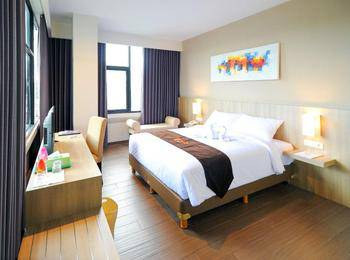 News Hotel Surabaya - Executive Double Room Regular Plan