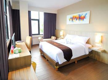 News Hotel Surabaya - Superior Room Reguler