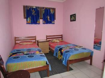 Ortegha Homestay Wonosobo - Standard Room Regular Plan