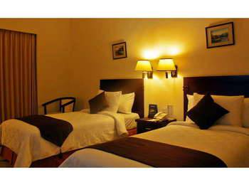 The Sun Hotel Surabaya - Deluxe Twin Regular Plan
