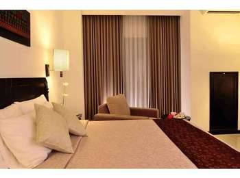 The Sun Hotel Surabaya - Deluxe Single Regular Plan
