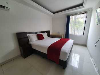 Travero Rooms Tangerang Selatan - Standard Room Only Regular Plan