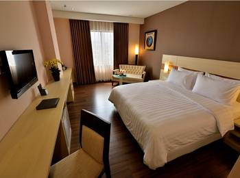 Hotel California Bandung - Deluxe Room Only Regular Plan