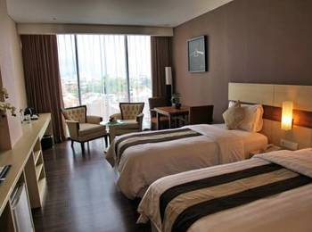 Hotel California Bandung - Executive Twin With Breakfast Save 10.0% with Free Welcome Drink
