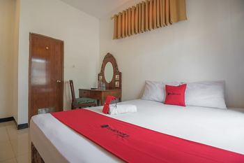 RedDoorz @ Maribaya Street 2 Bandung - RedDoorz Room with Breakfast Regular Plan